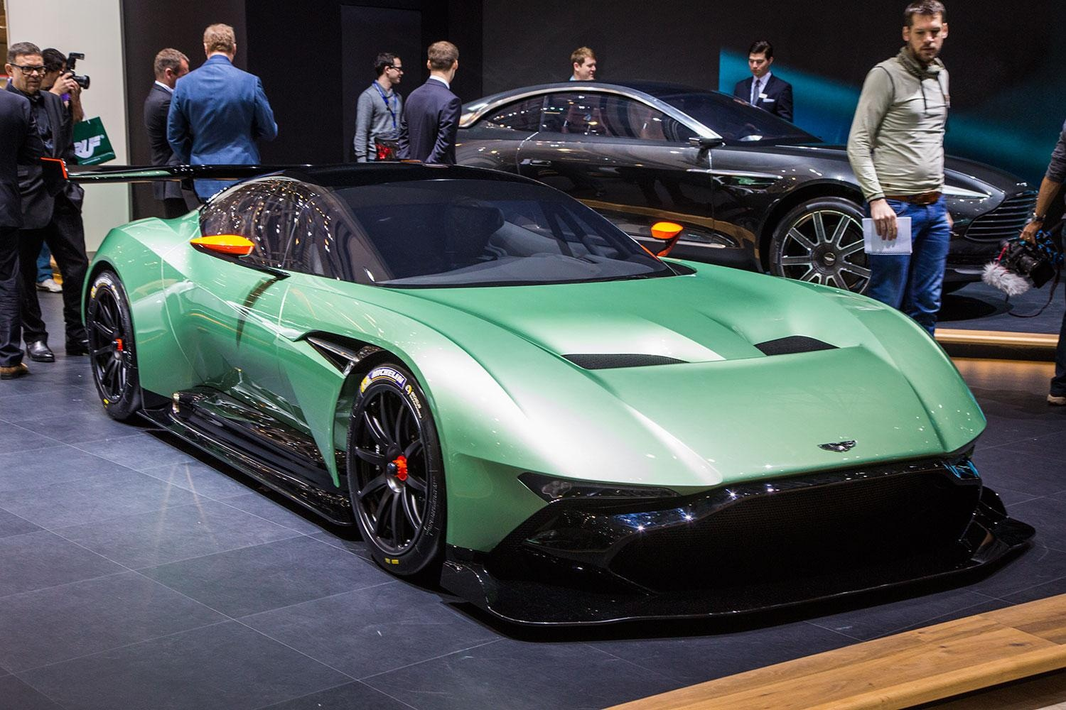 2016 aston martin vulcan ready to bomb the world s racetracks ruf lyf. Black Bedroom Furniture Sets. Home Design Ideas