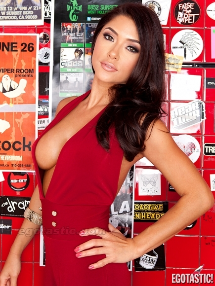wouldwife-arianny-celeste-naked
