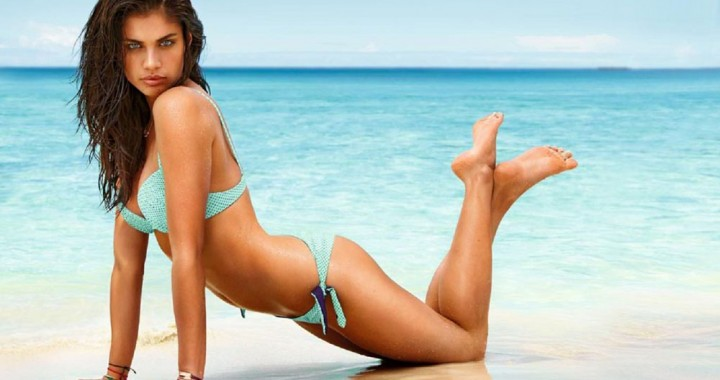 See more of this green eyed Portuguese model, Sara Sampaio.