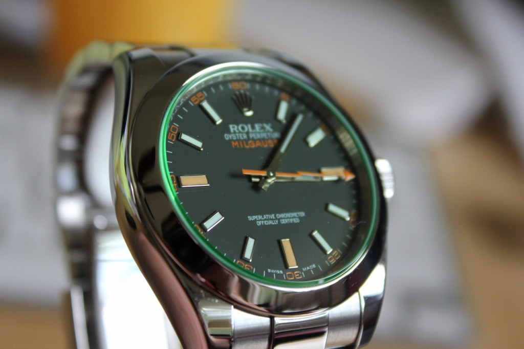rolex-milgauss-black-dial-green-tilt